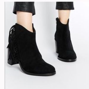 Nwt asis fringy parklane bootie